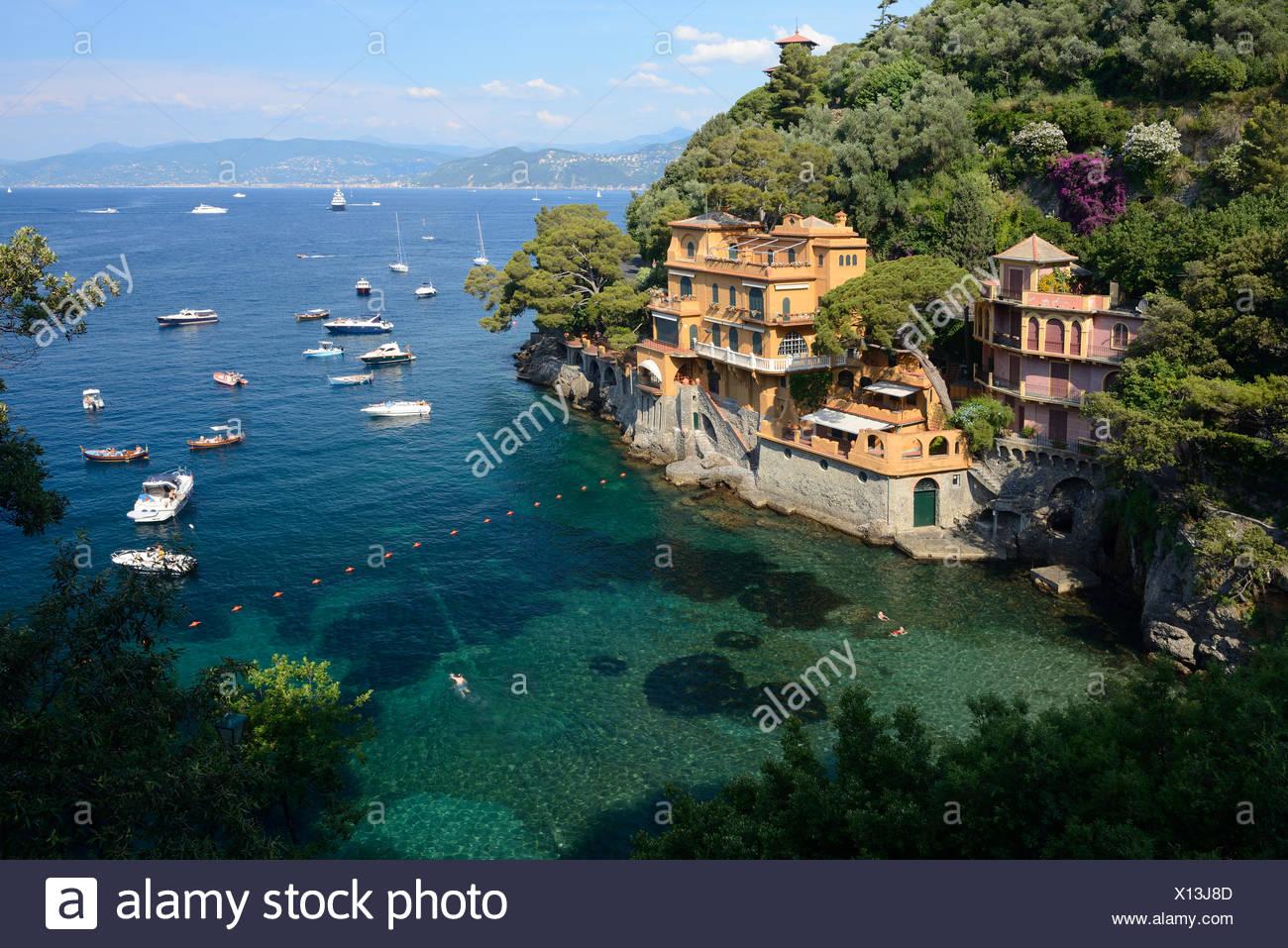 Italy, Riviera, Genoa province, Portofino, Mediterranean, sea, cove, coastline - Stock Image