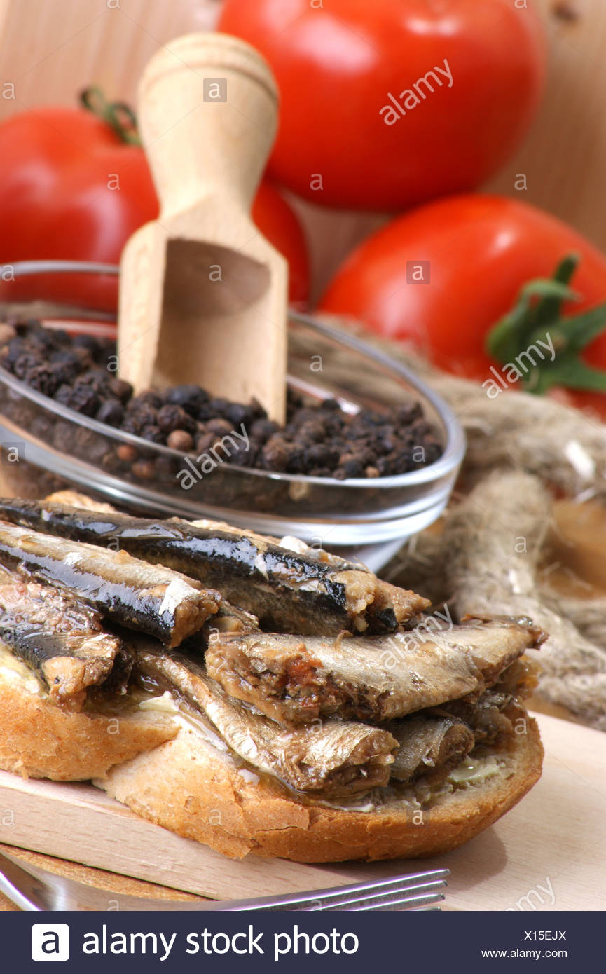 How can you make sprats at home from capelin 100