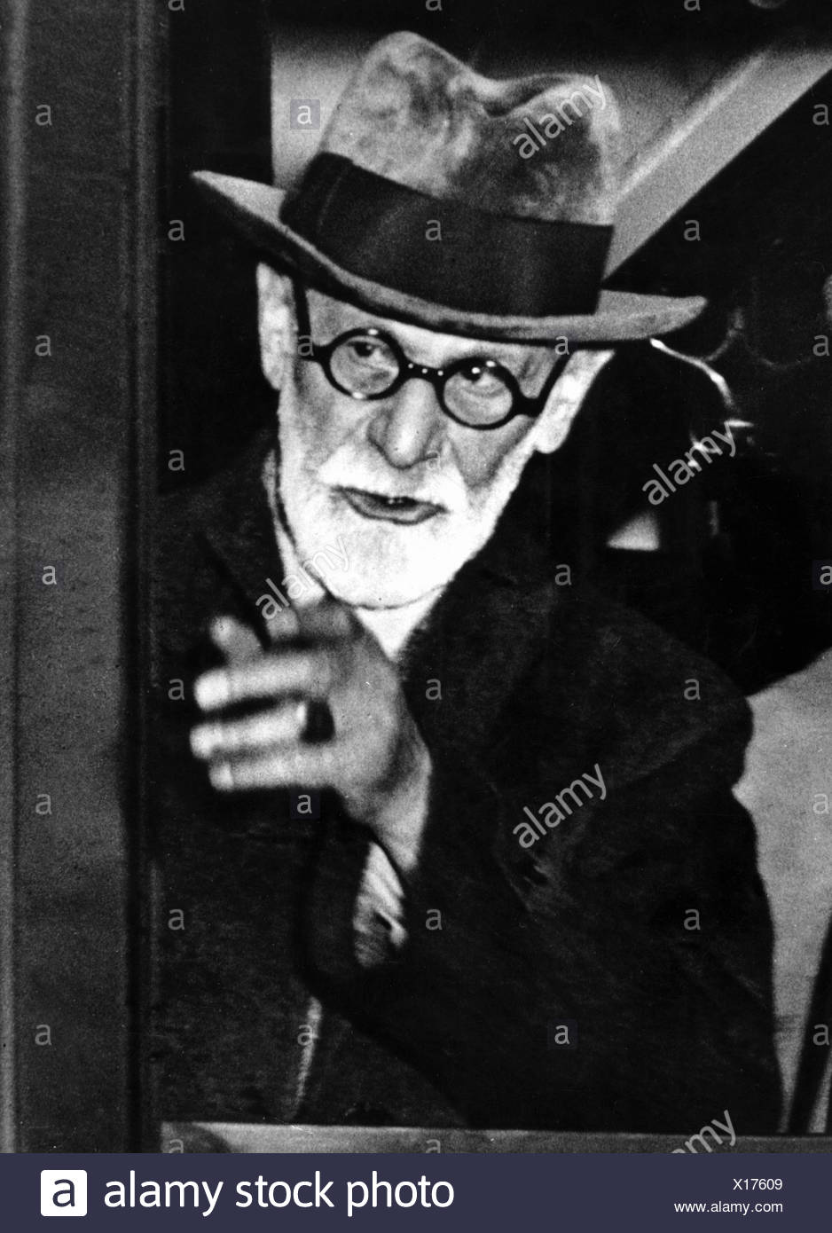 Freud, Sigmund, 6.5.1856 - 23.9.1939, Austrian physician, founder of the psychoanalytic school of psychology, as older man, Additional-Rights-Clearances-NA - Stock Image