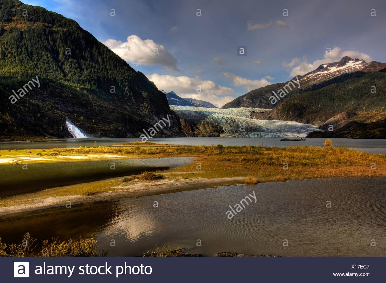 Scenic view of Mendenhall Glacier near Juneau, Alaska in Autumn - Stock Image