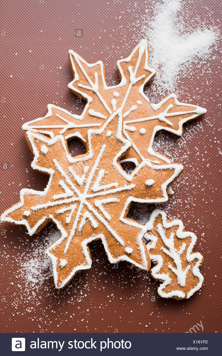 Gingerbread Snowflakes And Leaf Stock Photo 276157562 Alamy