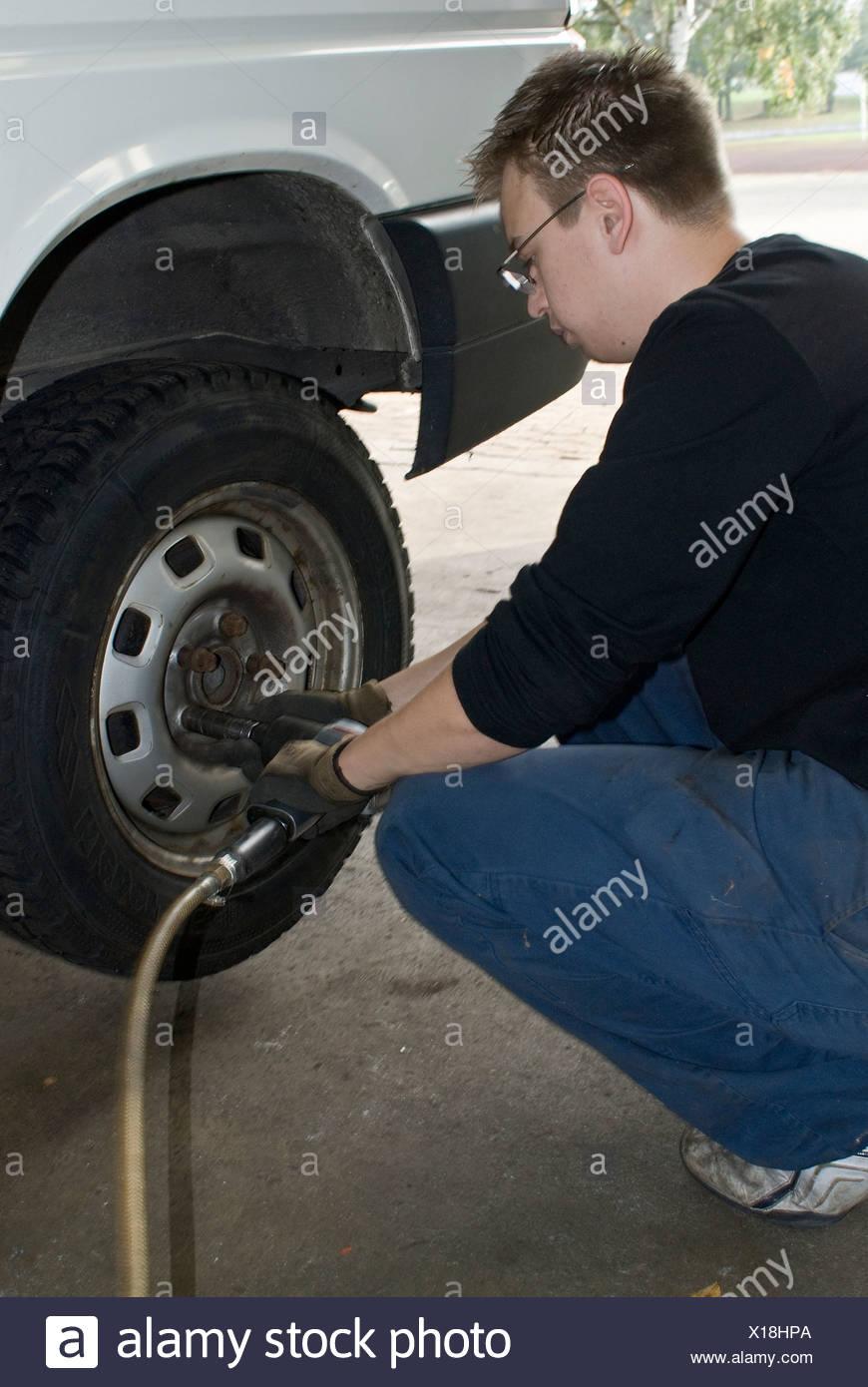 Professional tire change - Stock Image