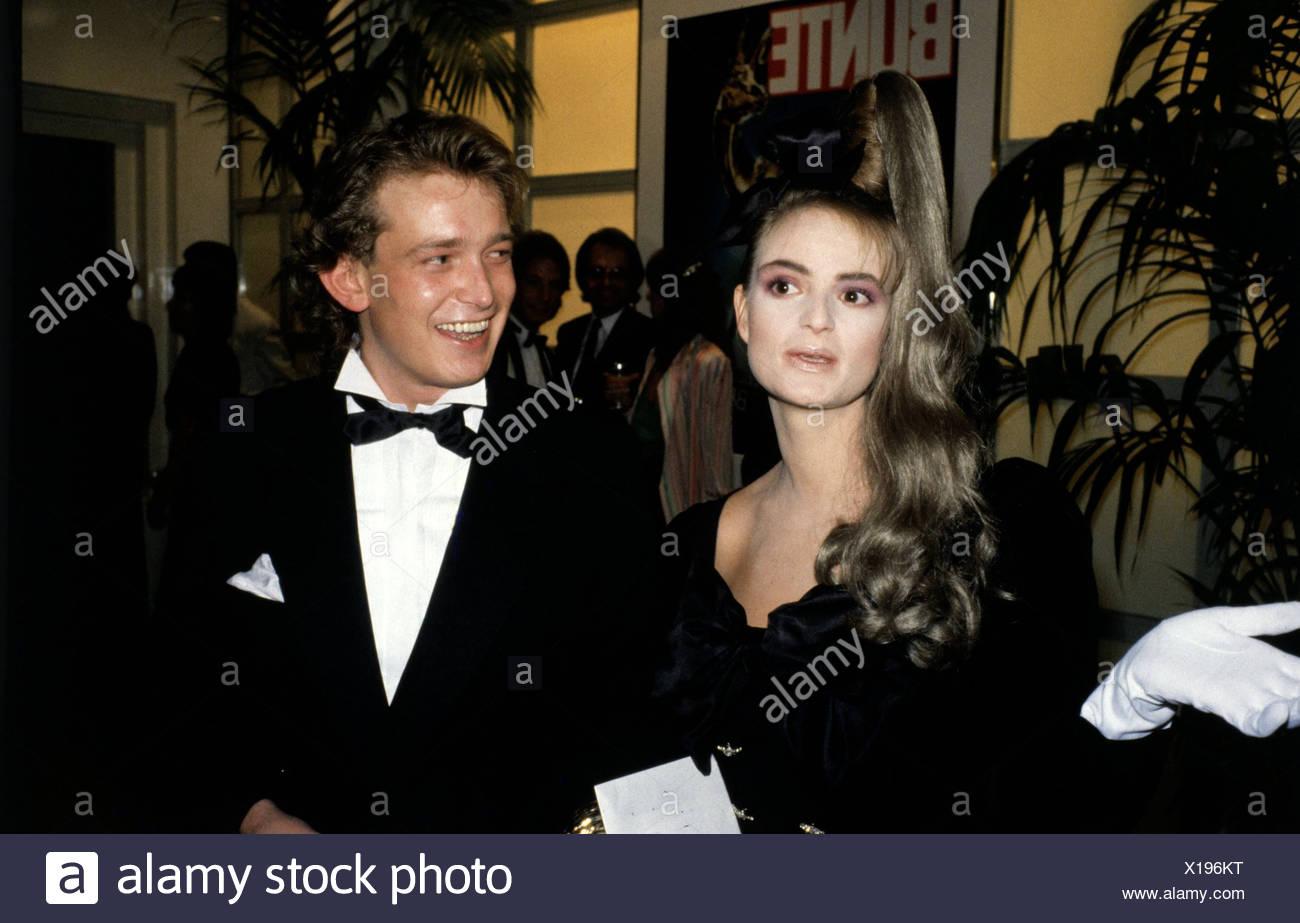 Meir, Gerhard, * 4.8.1955, German VIP hairdresser, half length, with Gloria, Princess of Thurn & Taxis, 1980s, half length, hair - Stock Image