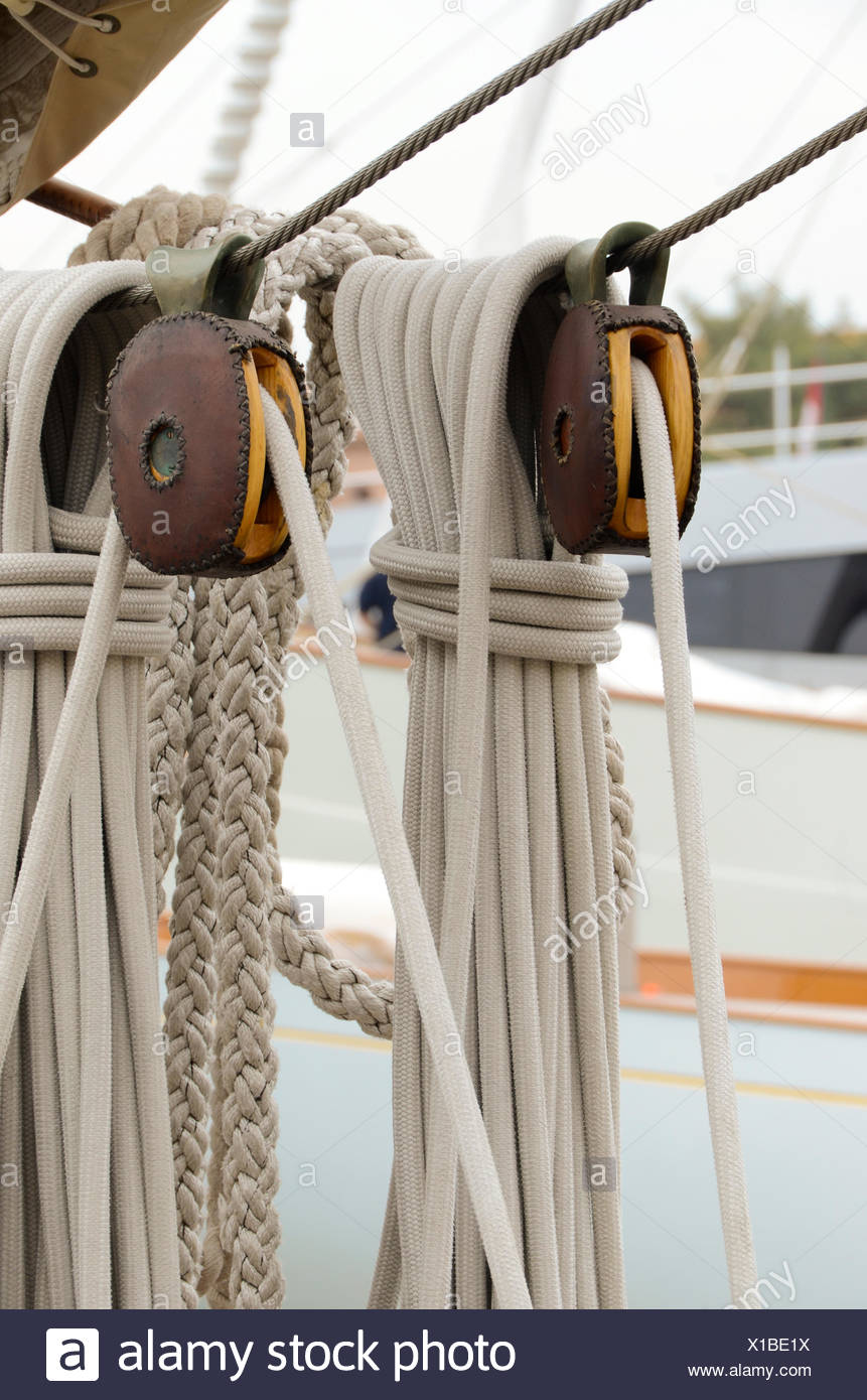 boating, rope, pulley, sailing, hardware, wood, leather, ropes