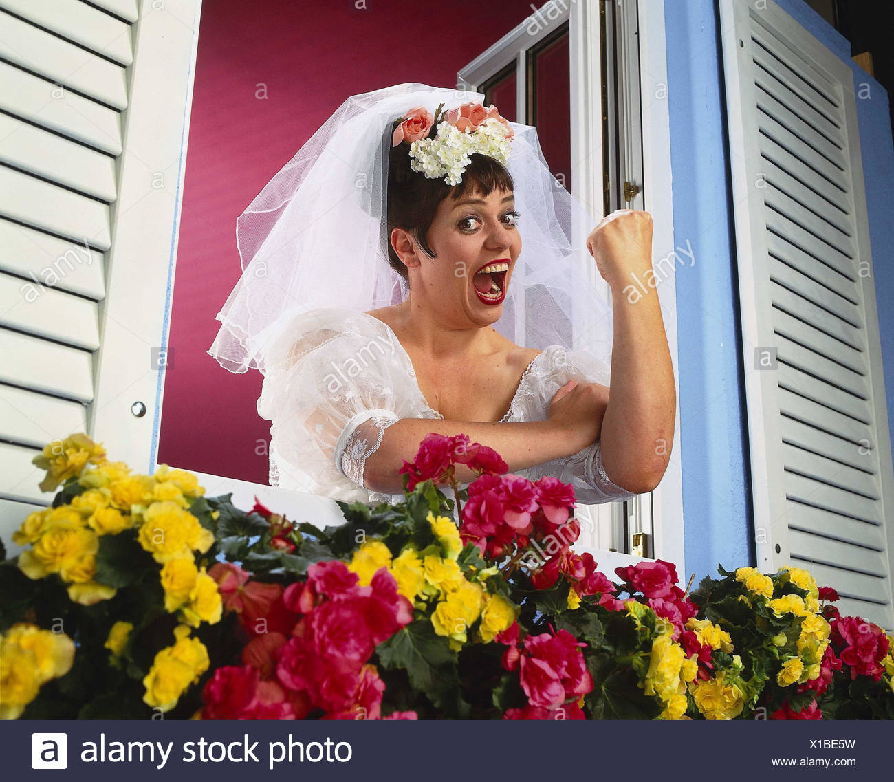 Window, floral decoration, bride, annoys, get angry, gesture, threat, insults Heavy Weights, studio, woman, wedding dress, veil, white, wedding, marry, look, view, annoyance, annoy, threaten nastily, furiously, fist, concentrated, arm, upraisedly, offend, Stock Photo