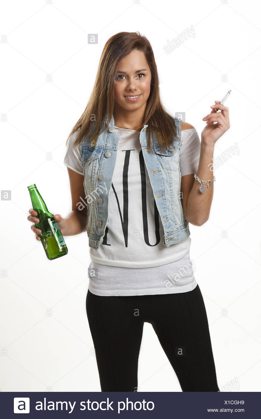 Underage drinking and smoking - Stock Image