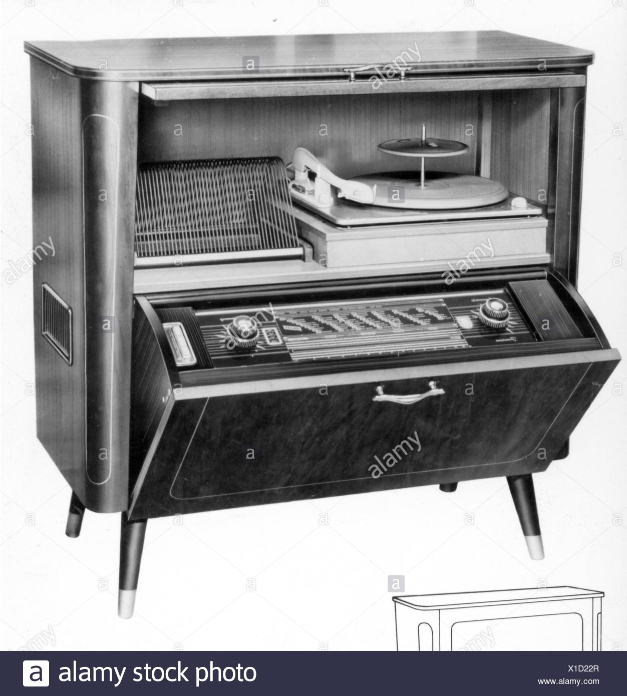 technics, consumer electronics, radiogram W656, Tonfunk GmbH, Karlsruhe, 1956, W 656, W-656, electric appliance, electrical device, electric appliances, electrical devices, radio, radios, radio reception, receiver, receivers, record players, record player, record, records, record rack, record racks, records rack, music, radiogramophone, cabinet, furniture, furnishings, furnishing, technology, technologies, Baden-Wuerttemberg, Baden Wuerttemberg, Wuertemberg, Baden-Wurtemberg, Wurtemberg, Wurttemberg, Baden-Wuertemberg, Baden-Württemberg, Württemberg, industry, , Additional-Rights-Clearences-NA - Stock Image