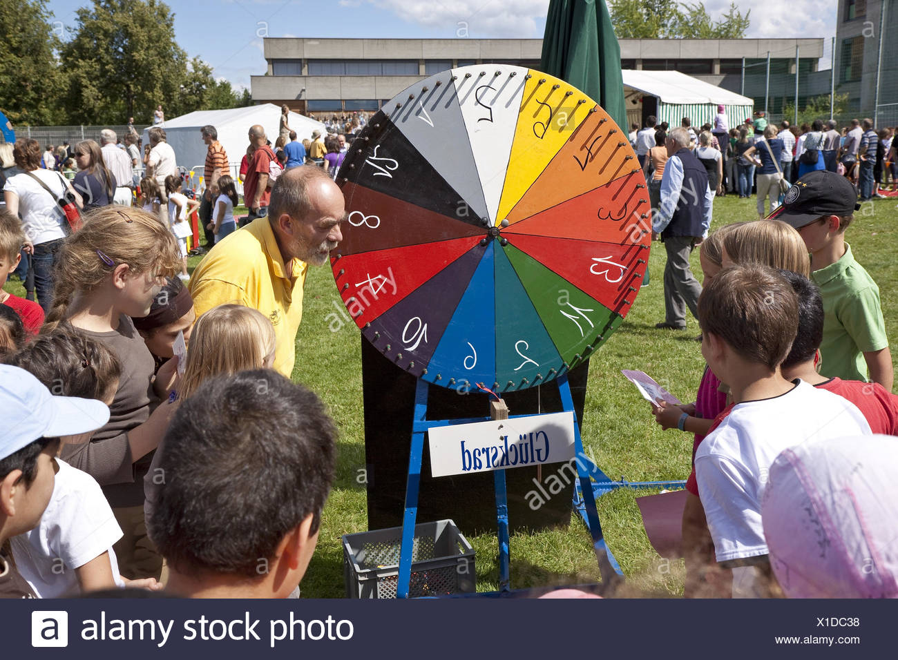 Children, wheel of fortune, child feast, - Stock Image