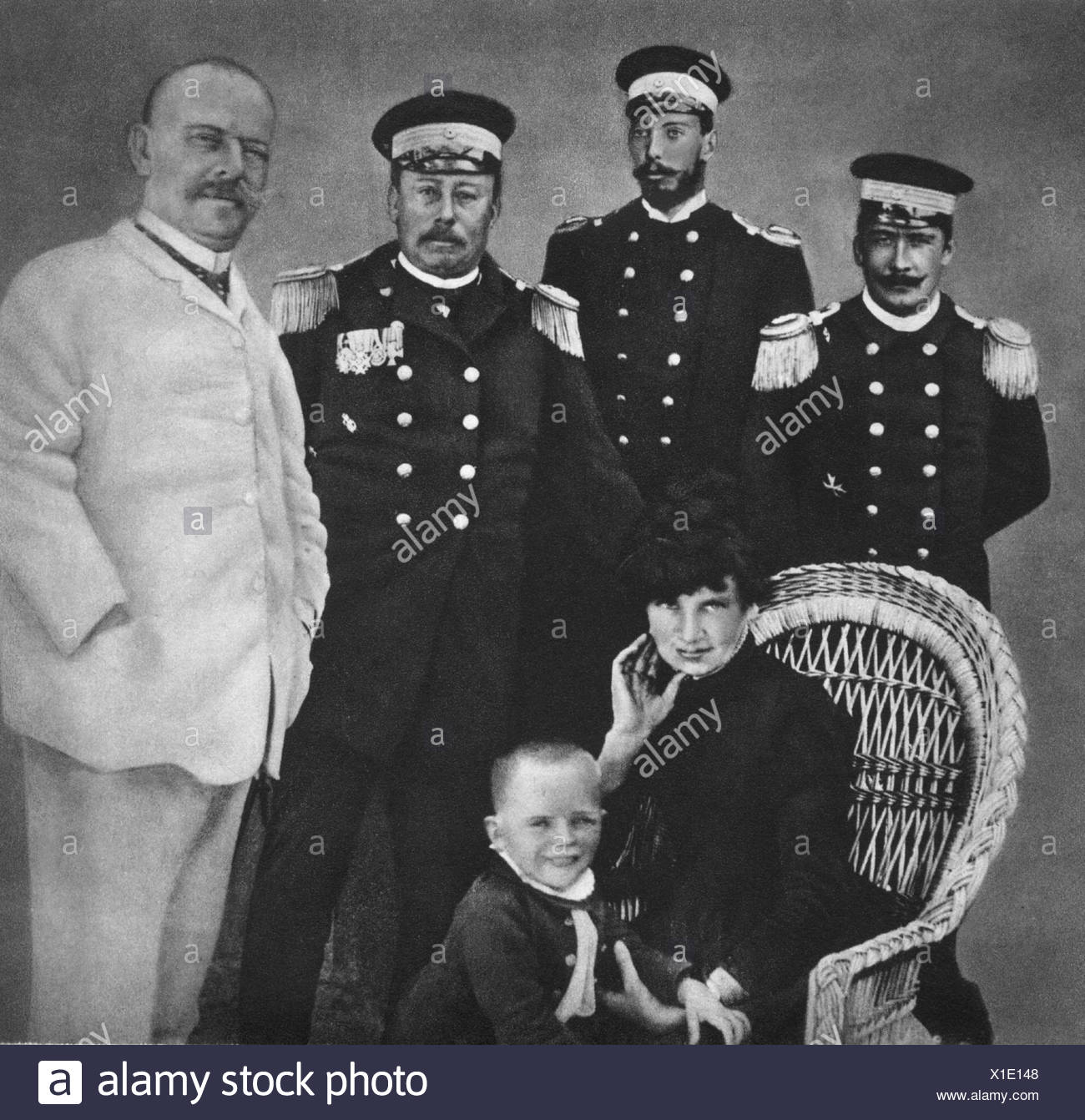 Goering, Hermann, 12.1.1893 - 15.10.1946, German politician (NSDAP), as child, group picture with his parents and officers of the 'SMS Carola', photo before 1900, Additional-Rights-Clearances-NA - Stock Image