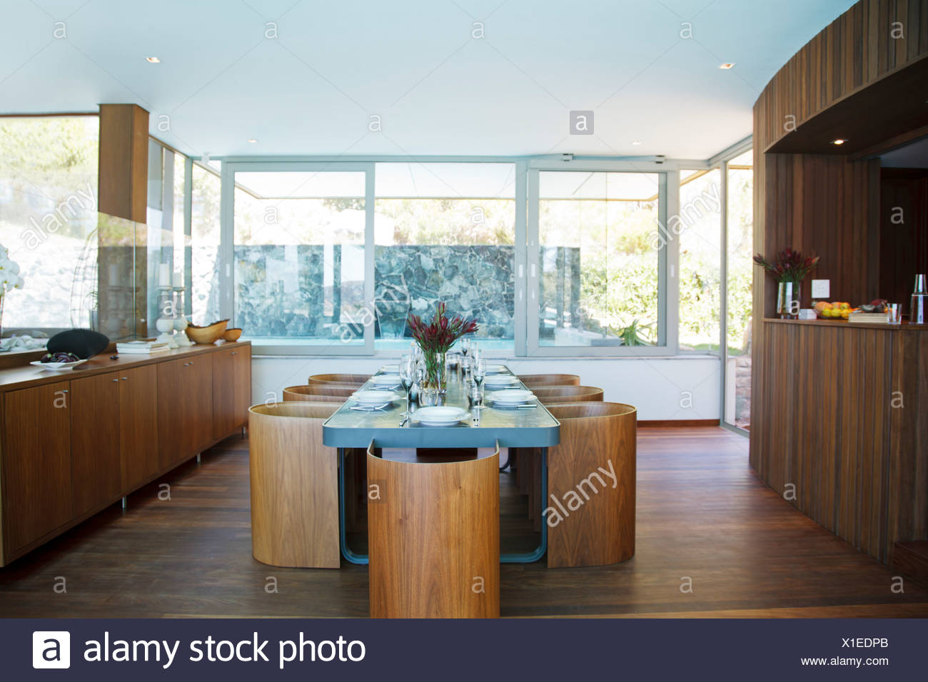 Dining Room Ready Stock Photos & Dining Room Ready Stock Images - Alamy