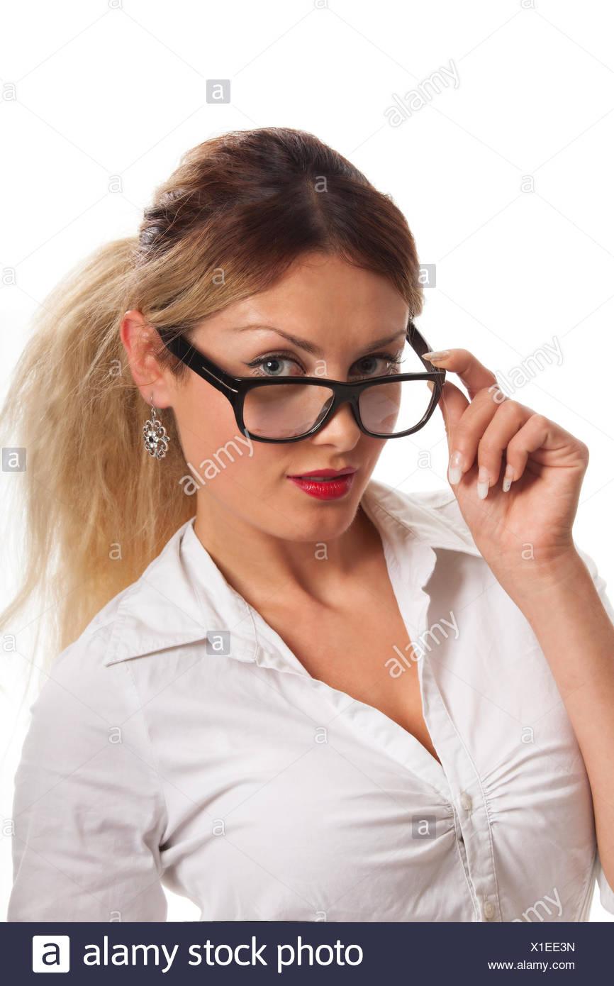 schöne frau mit brille