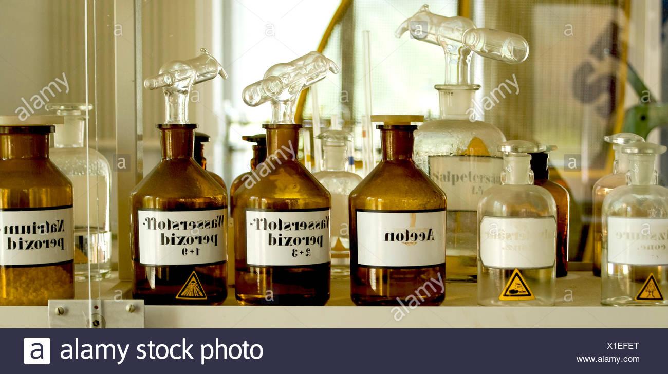 test tube piston laboratory - Stock Image