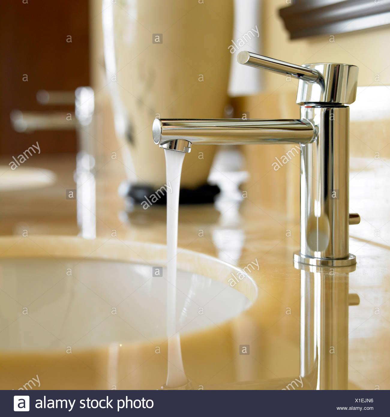 Marble Bathrooms Photos: Marble Bathroom Stock Photos & Marble Bathroom Stock