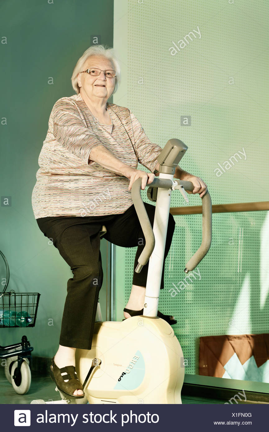 Ergometer Stock Photos & Ergometer Stock Images - Alamy