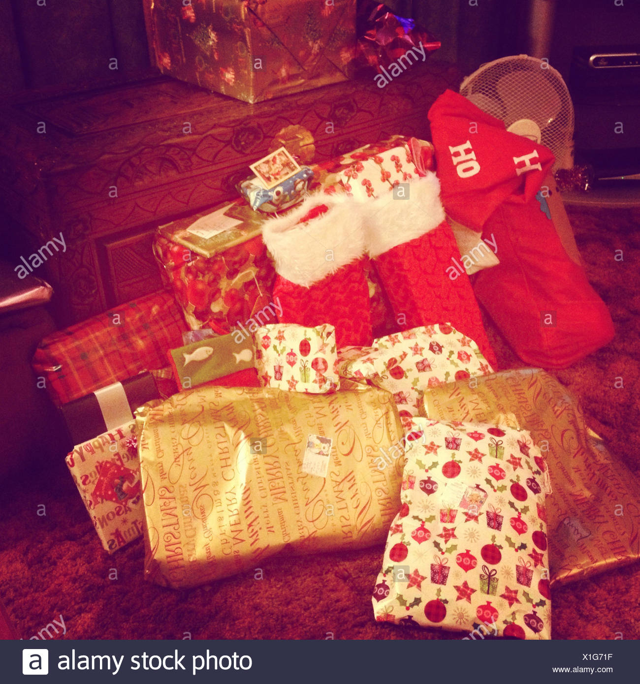 UK, Wiltshire, Christmas presents - Stock Image