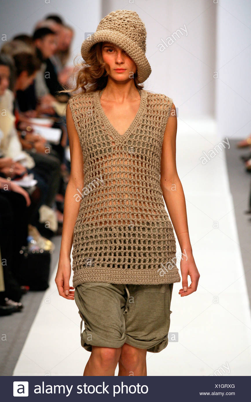 af10816405a87e Clare Tough London Ready to Wear Spring Summer Brown crochet knit sleeveless  blouse and matching hat worn epaulettes shorts