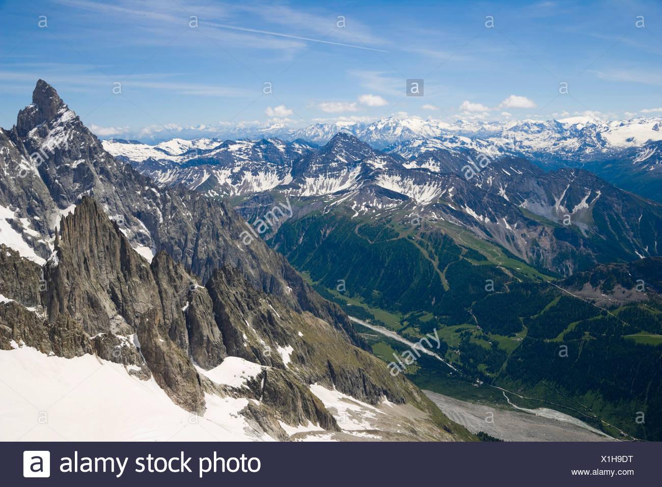 Aiguille Noire de Peuterey, Les Glaciers de la Vanoise, La Grande Motte and Val Veny, Mont Blanc Massif, Alps, Italy, Europe - Stock Image