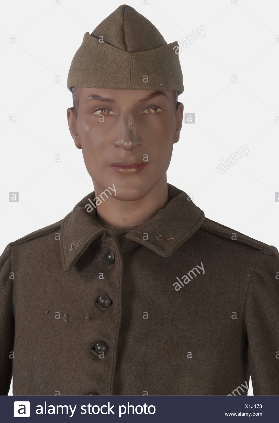 A 1940 French soldier, on mannequin, including a