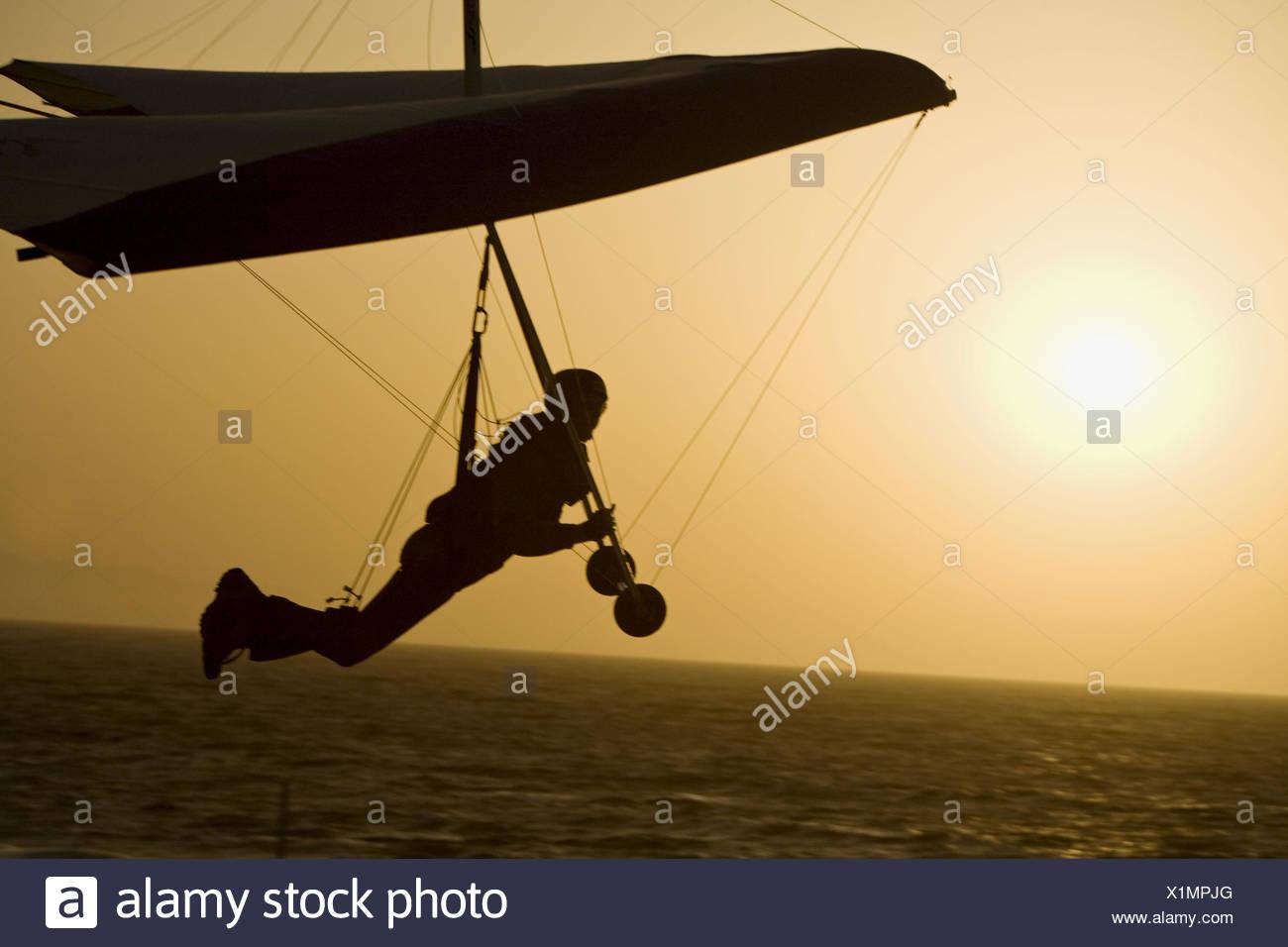 Man hand gliding, Playa del Rey, Los Angeles, California, USA Stock Photo