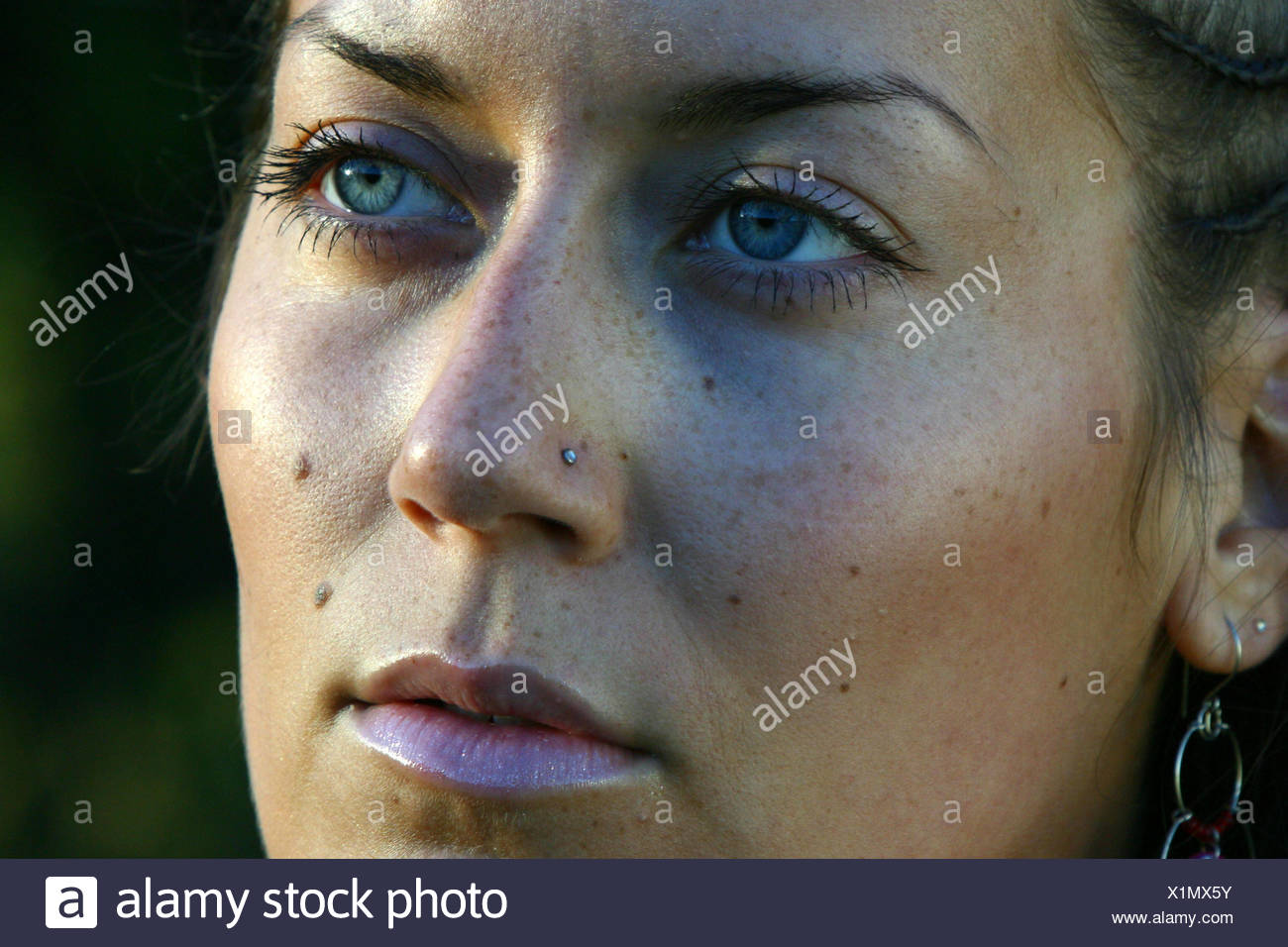 woman face portrait dapper accosting pretty prettily prettier ravishing - Stock Image