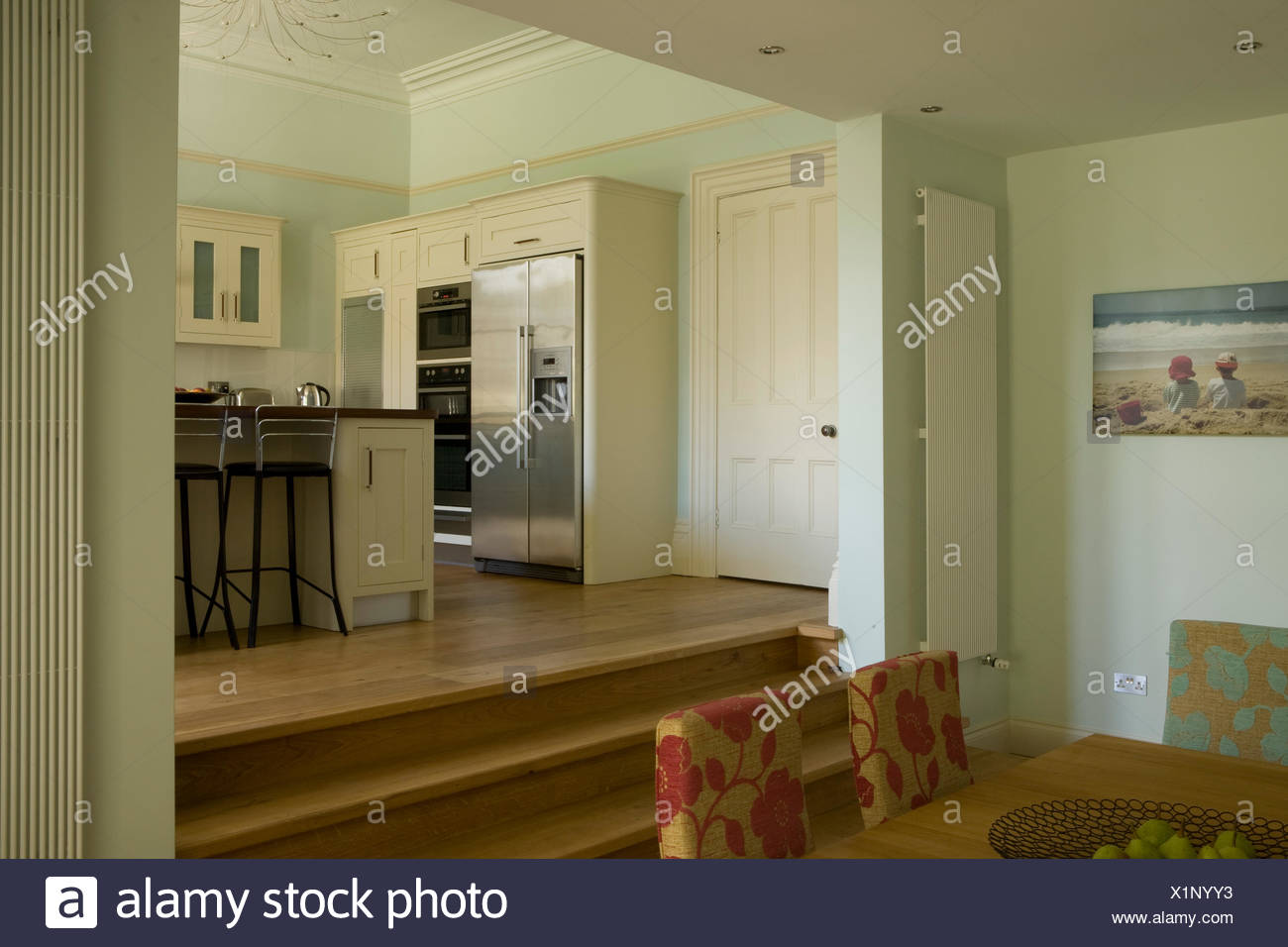 Split Level Room High Resolution Stock Photography And Images Alamy