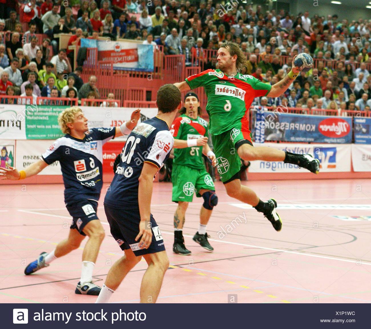 Grzegorz Tkaczyk (Magdeburg) throwing - Stock Image