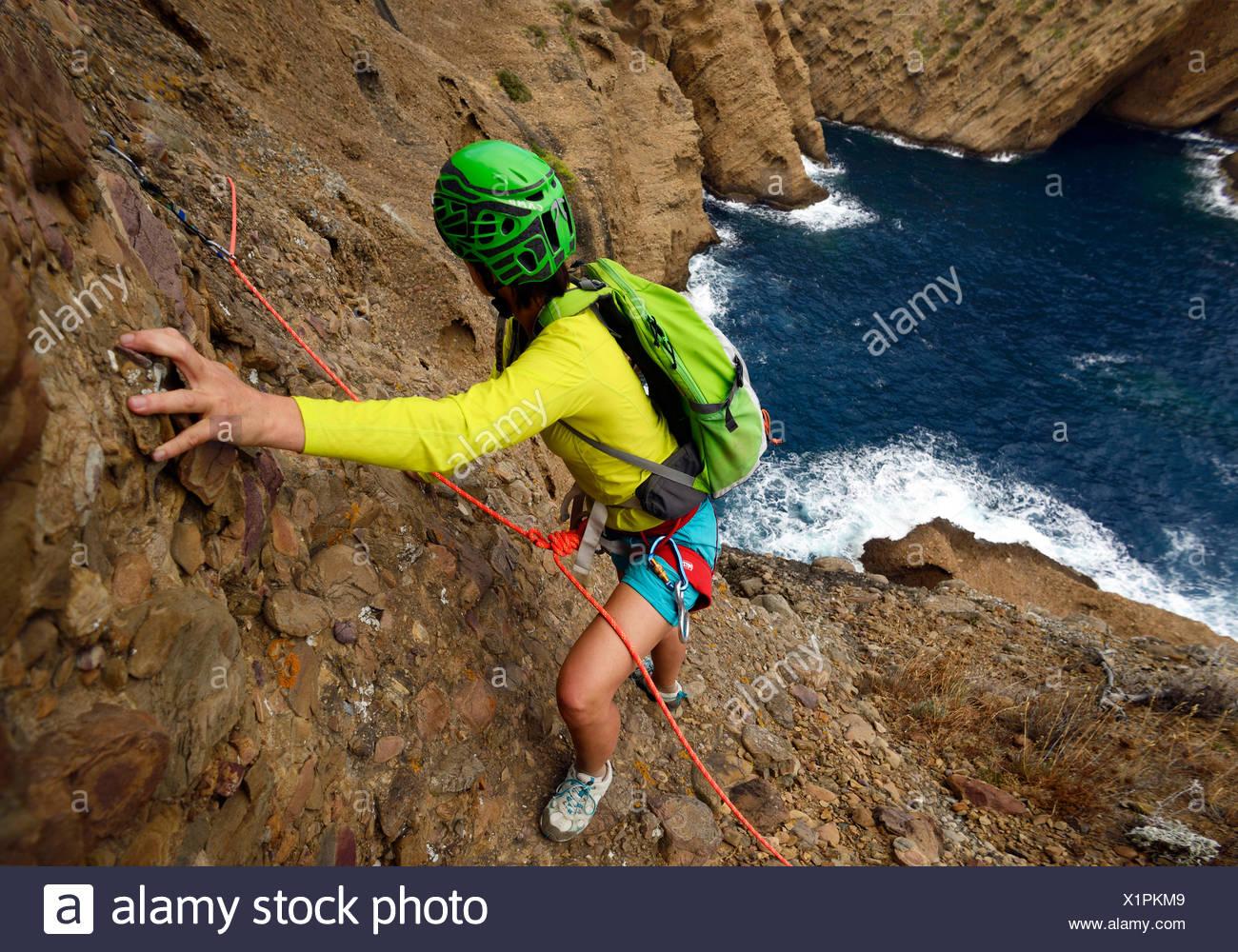 climbing at coastal rock Bec de l'Aigle, avdenture tour, France, Provence, Calanques National Park, La Ciotat - Stock Image