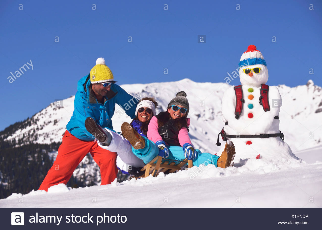 Family at winter sports, France - Stock Image