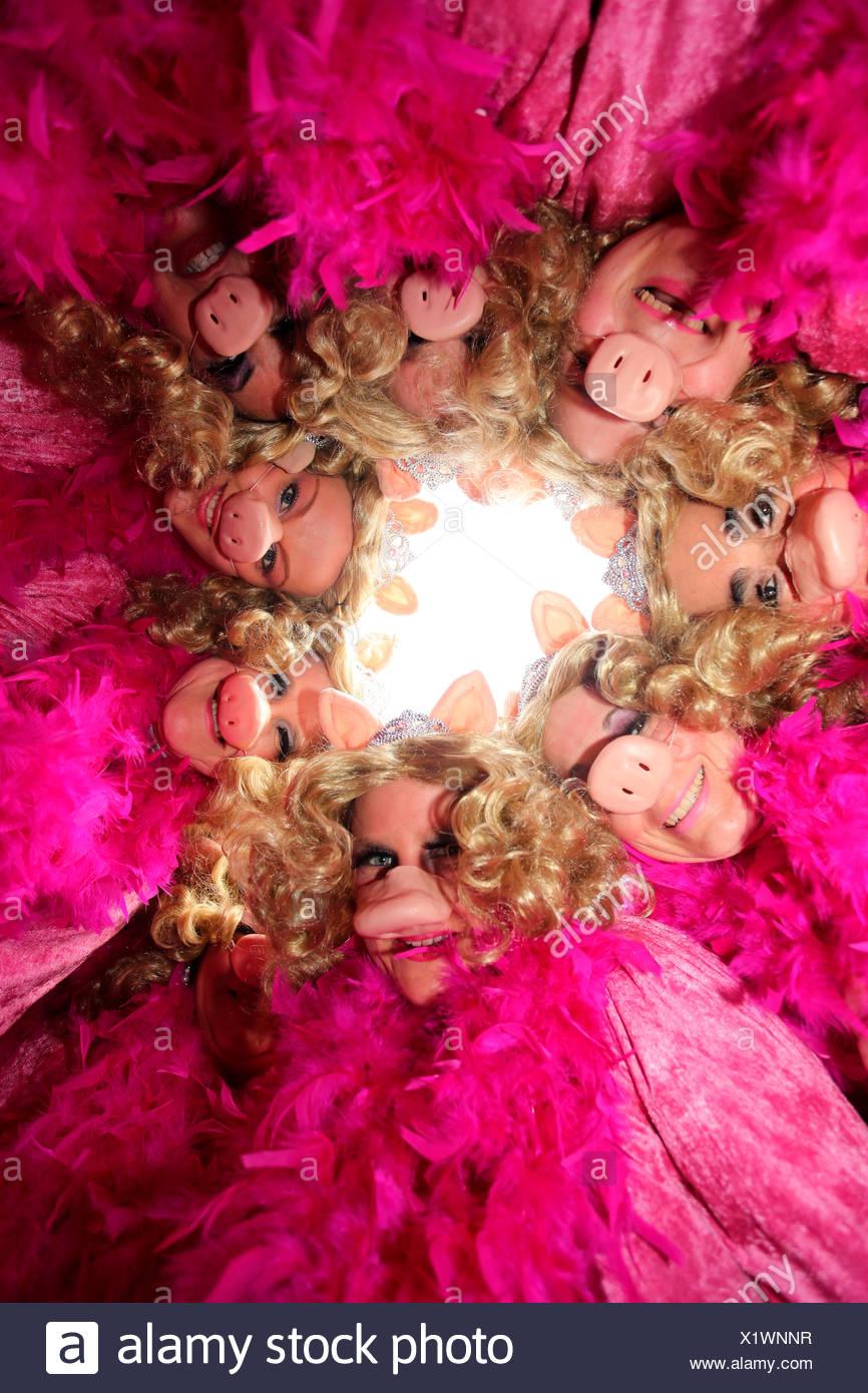 Miss Piggy costumes, Schwerdonnerstag carnival parade, Mülheim-Kärlich, Rhineland-Palatinate, Germany - Stock Image