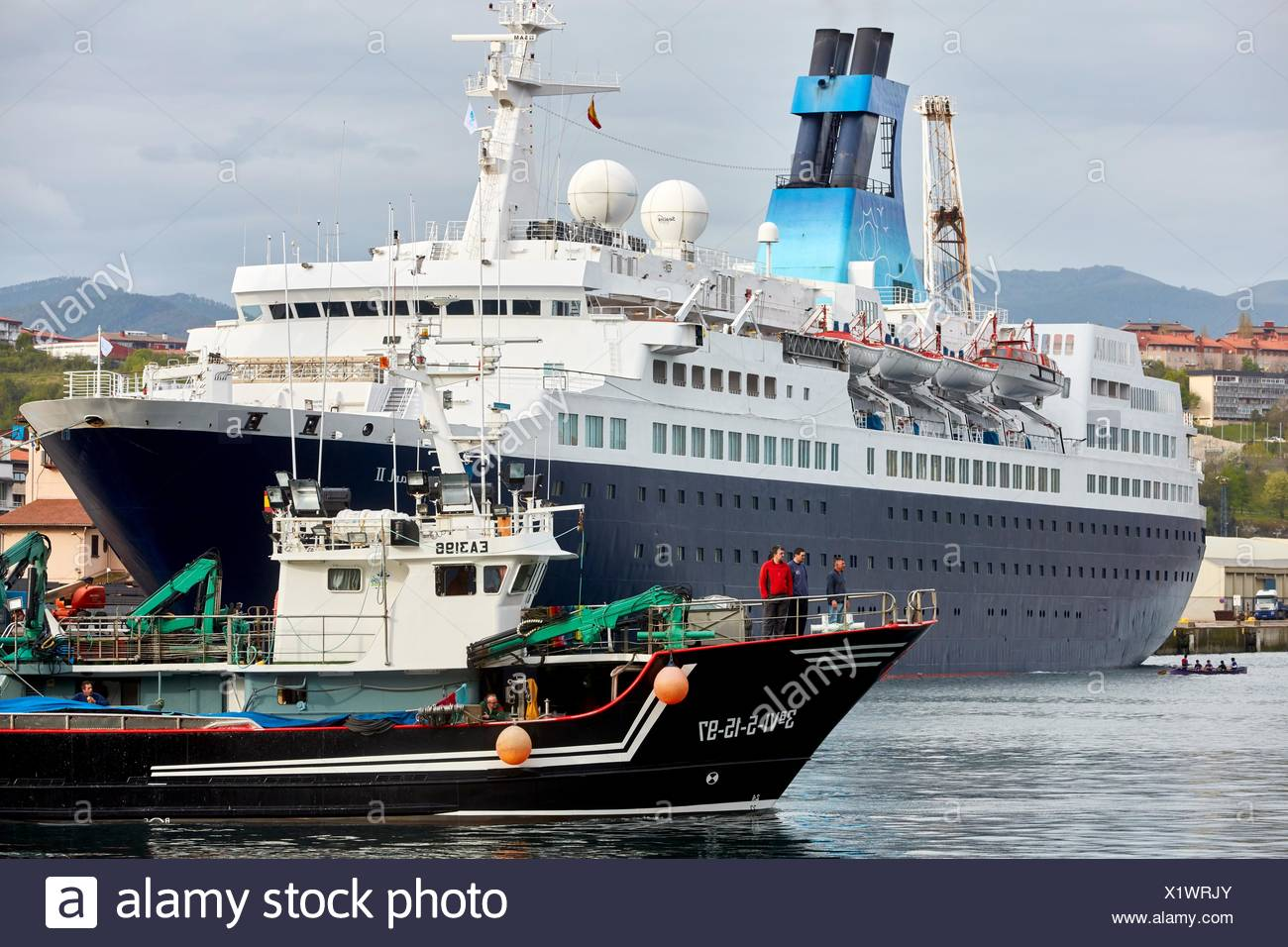 Cruise liner. Passenger ship. Pasaia Port. Gipuzkoa. Basque Country. Spain. Europe. - Stock Image