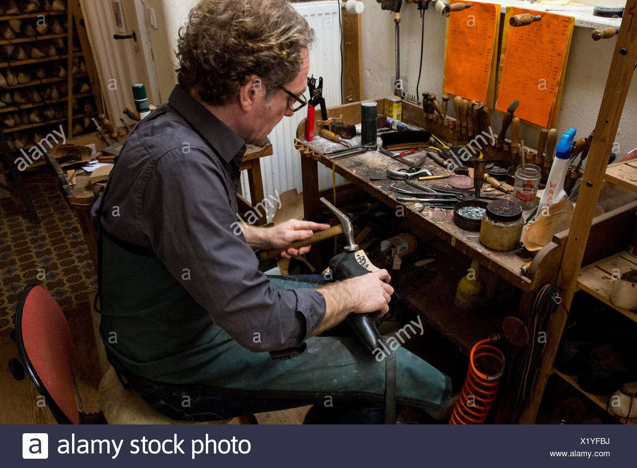 Occupational report with shoemaker Klemann Shoes: Champion Benjamin Klemann - Stock Image