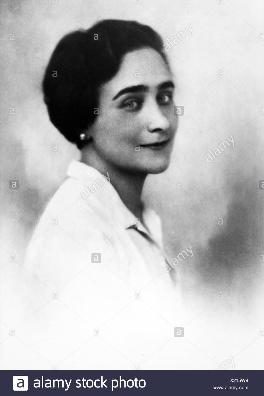 Tergit, Gabriele, 4.3.1894 - 25.7.1982, German journalist and authoress / writer, portrait, 1920s, Stock Photo