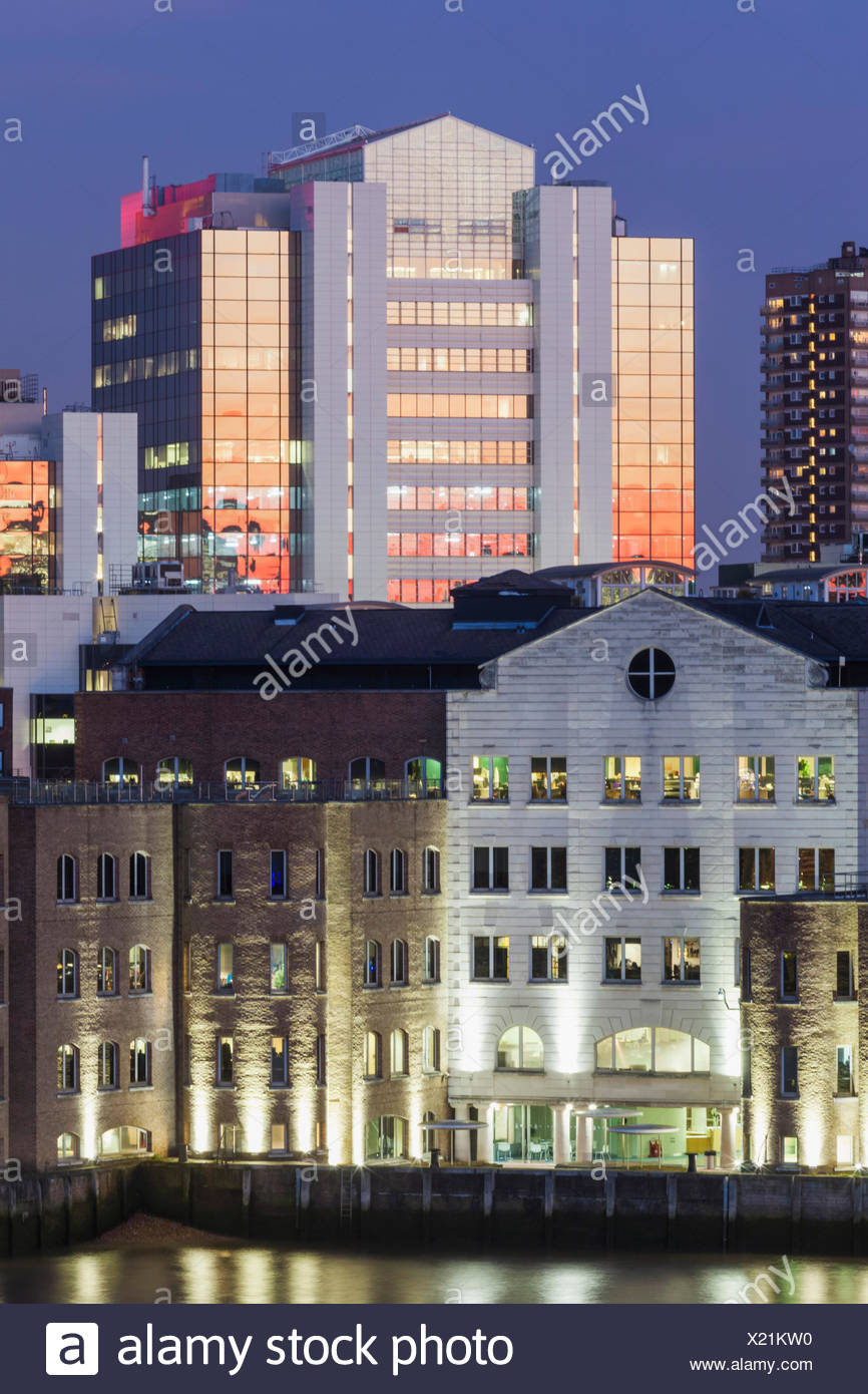 England, London, Tower Hamlets, Devon House and Thomas More Square - Stock Image