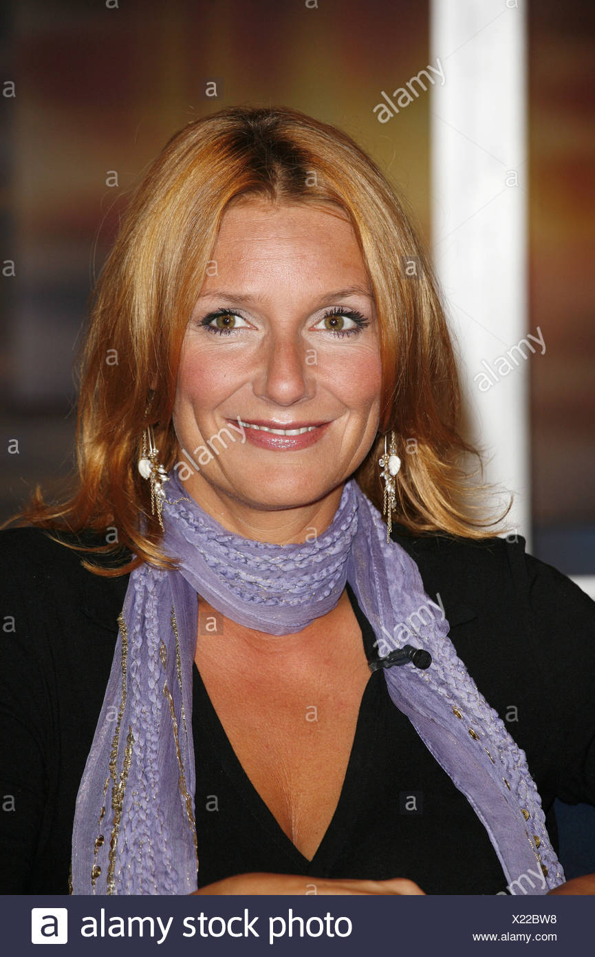 Fisher, Kim, * 17.4.1969, German moderator and singer, portrait, guest at TV show 'Johannes B. Kerner', Hamburg, 12.9.2006, Additional-Rights-Clearances-NA - Stock Image
