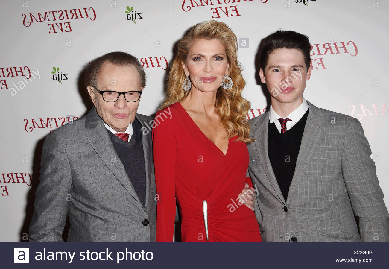 (L-R) Cannon King, producers/parents Shawn King and Larry King arrive at the premiere of Unstuck's 'Christmas Eve' at the ArcLight Hollywood on December 2, 2015 in Hollywood, California., Additional-Rights-Clearances-NA - Stock Image