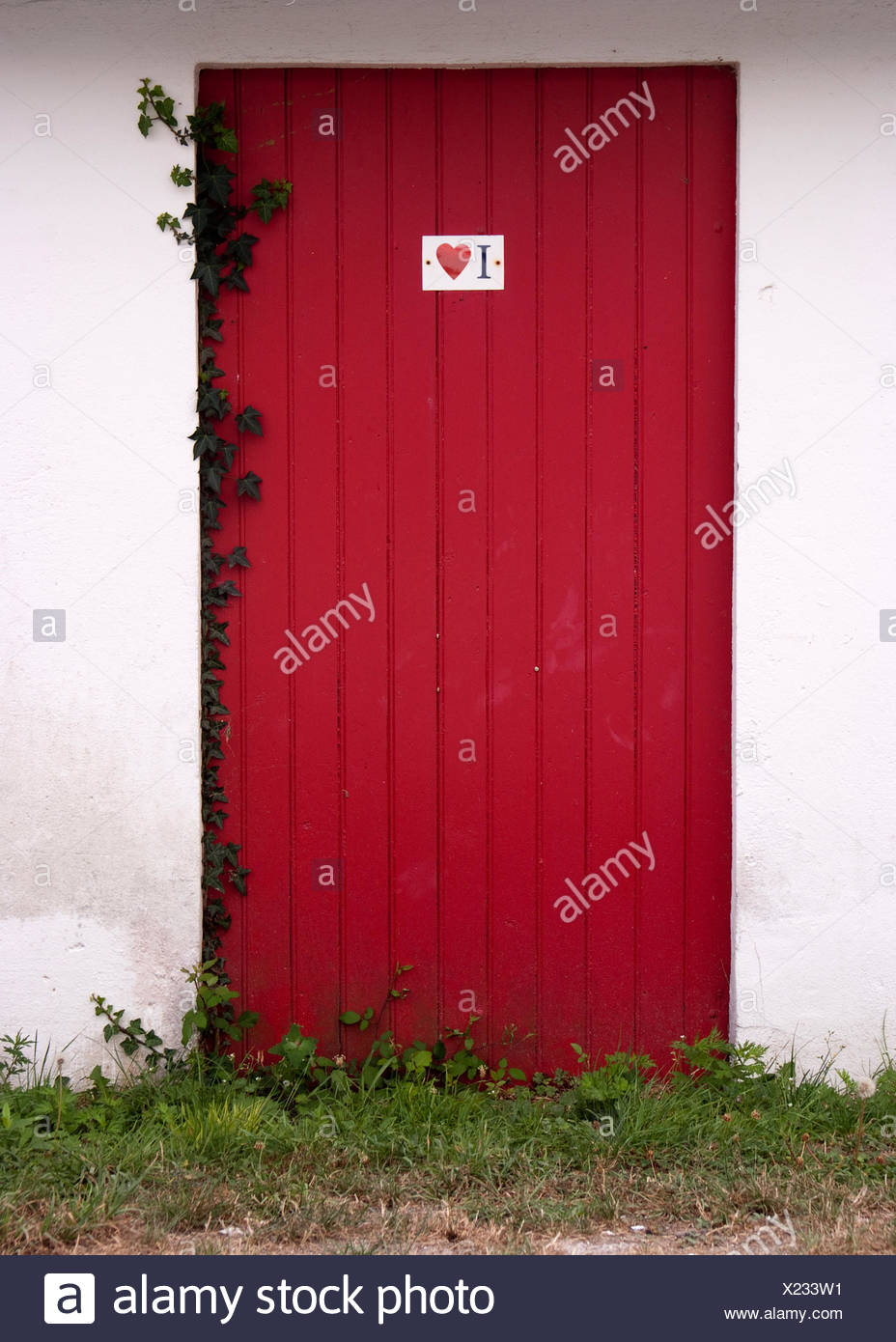 board, wood, entrance, door, cottage, country, rustical, rustic, love, in love, - Stock Image