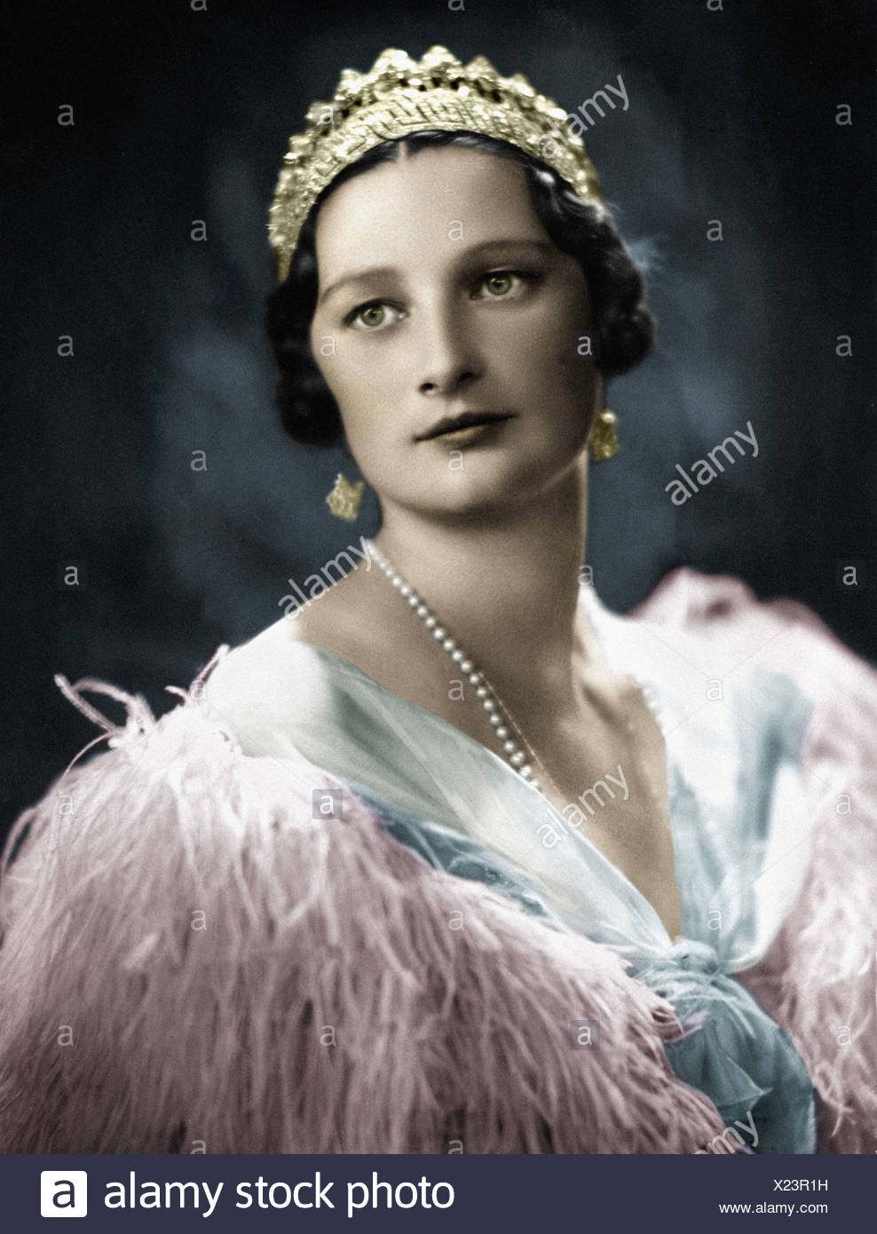 Astrid, 17.11.1905 - 29.8.1935, Queen Consort of Belgium  10.11.1926 - 29.8.1935, portrait, late 1920s, later coloured, , Additional-Rights-Clearances-NA - Stock Image