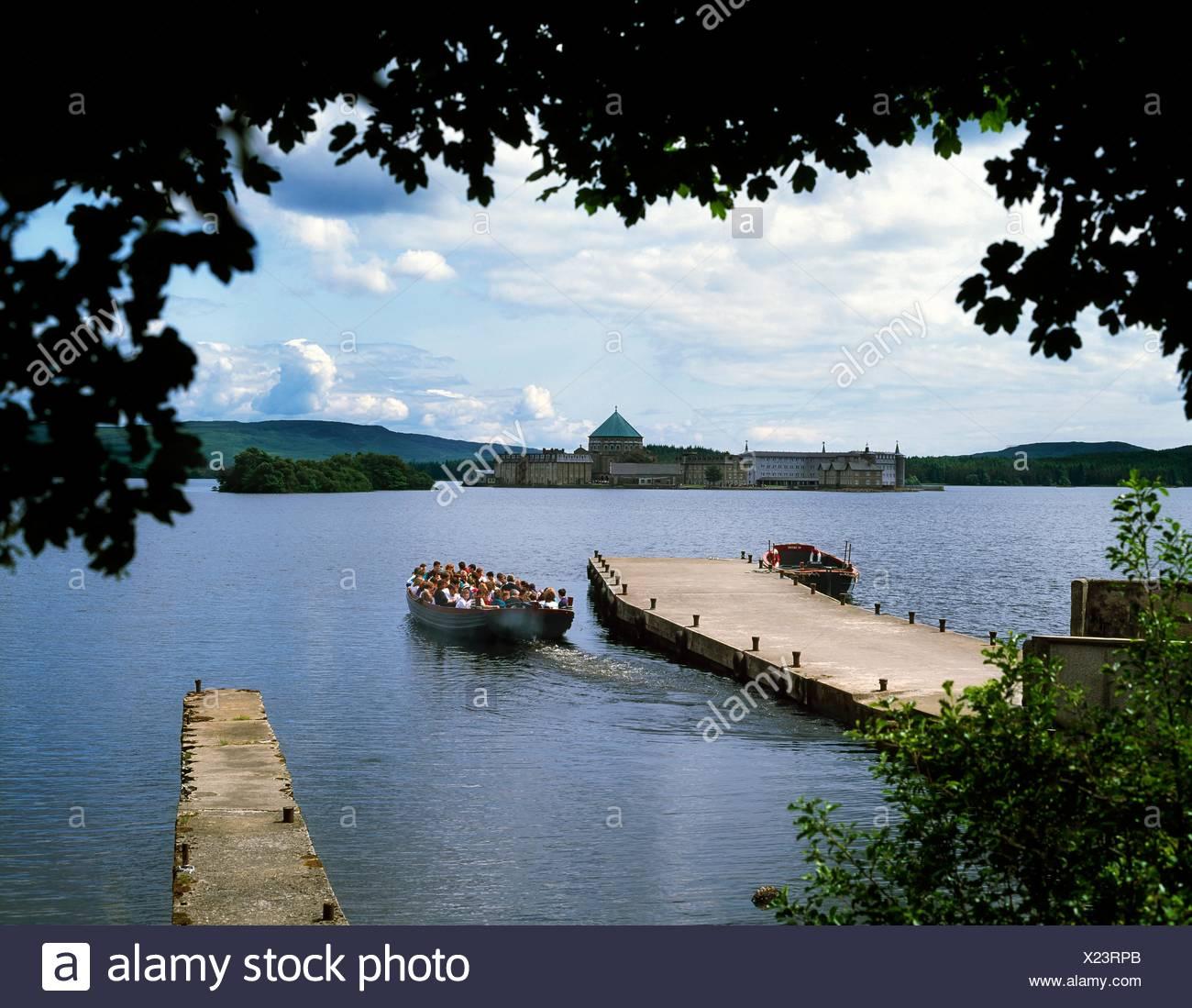 Pilgrims Departing For Lough Derg (Site Of Pilgrimage), Co Donegal, Ireland - Stock Image