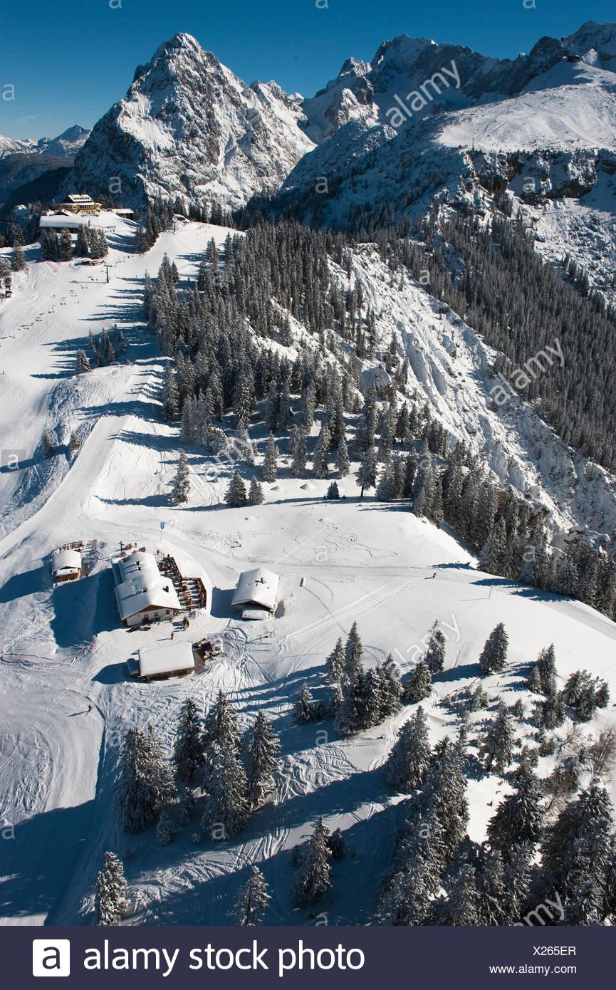 Aerial View Ski Resort Kreuzeck Garmisch Partenkirchen Waxenstein Wetterstein Range Bavaria Germany Europe Stock Photo Alamy
