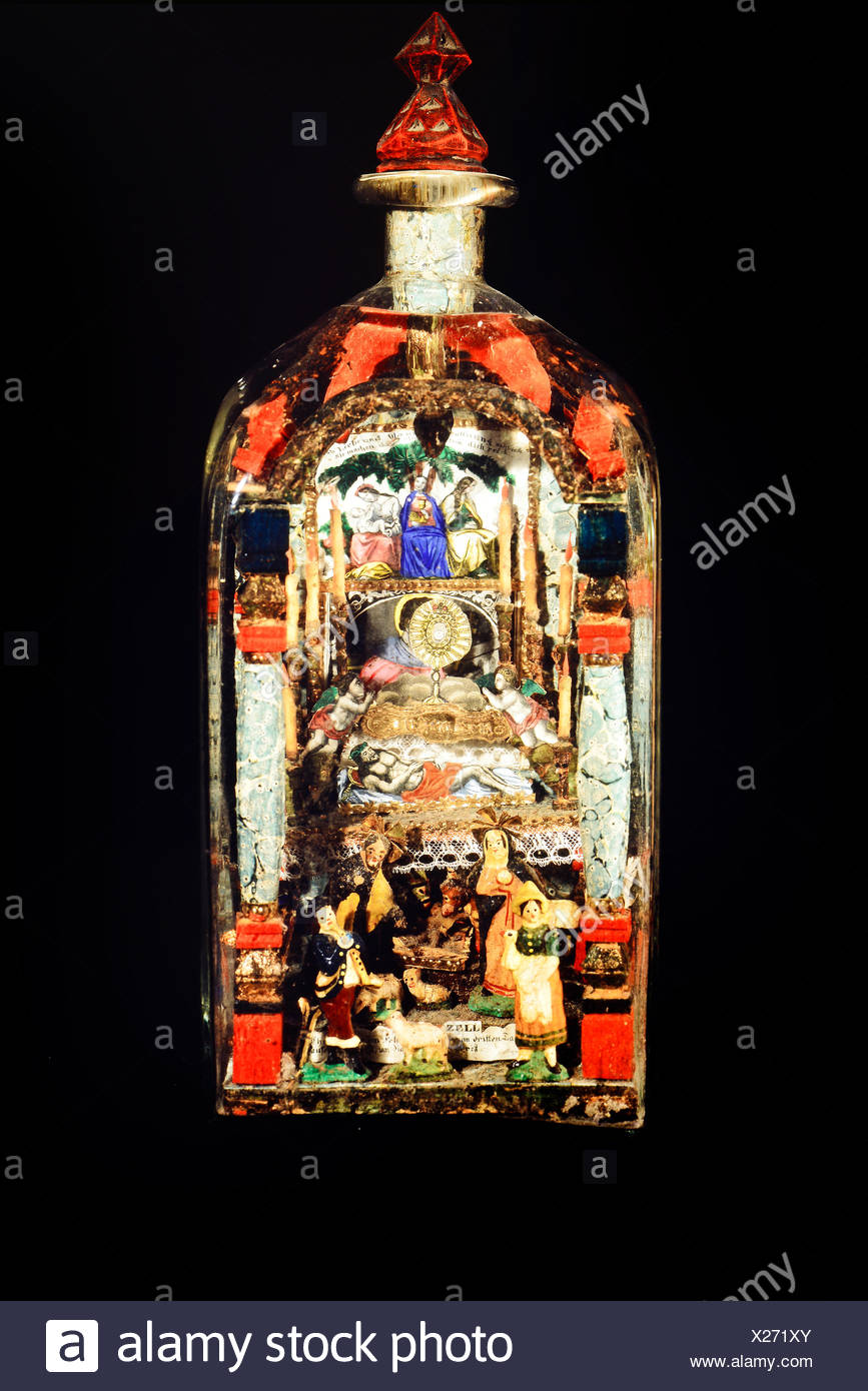 fine arts, folk art, impossible bottle with Holy Grave and Nativity scene, glass, paper, wax, Mariazell, 2nd half 19th century, private collection, Switzerland, Artist's Copyright has not to be cleared - Stock Image
