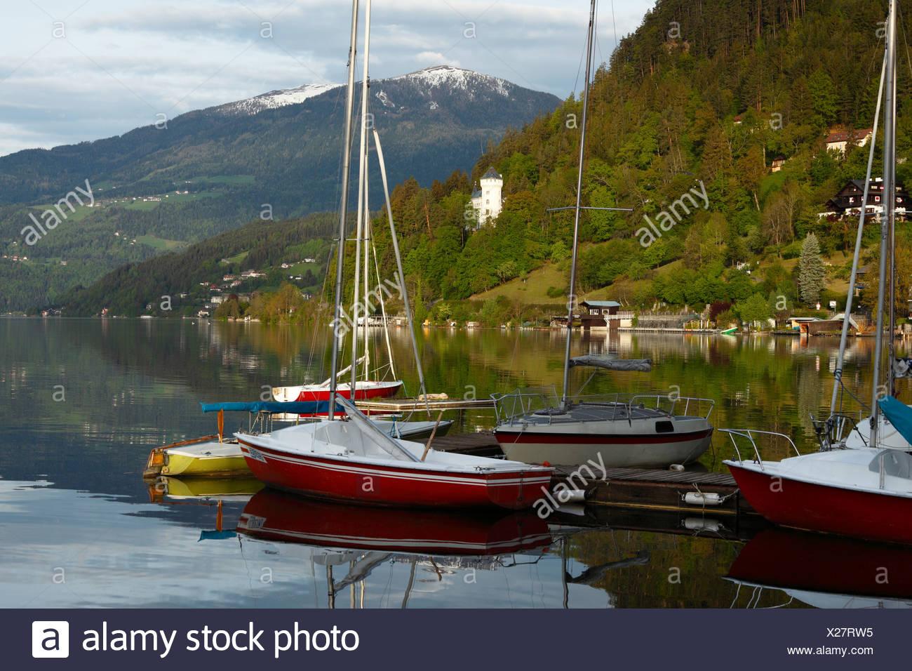 Millstaetter See, Millstatt Lake, Millstatt, Schloss Heroldeck castle, Carinthia, Austria, Europe - Stock Image