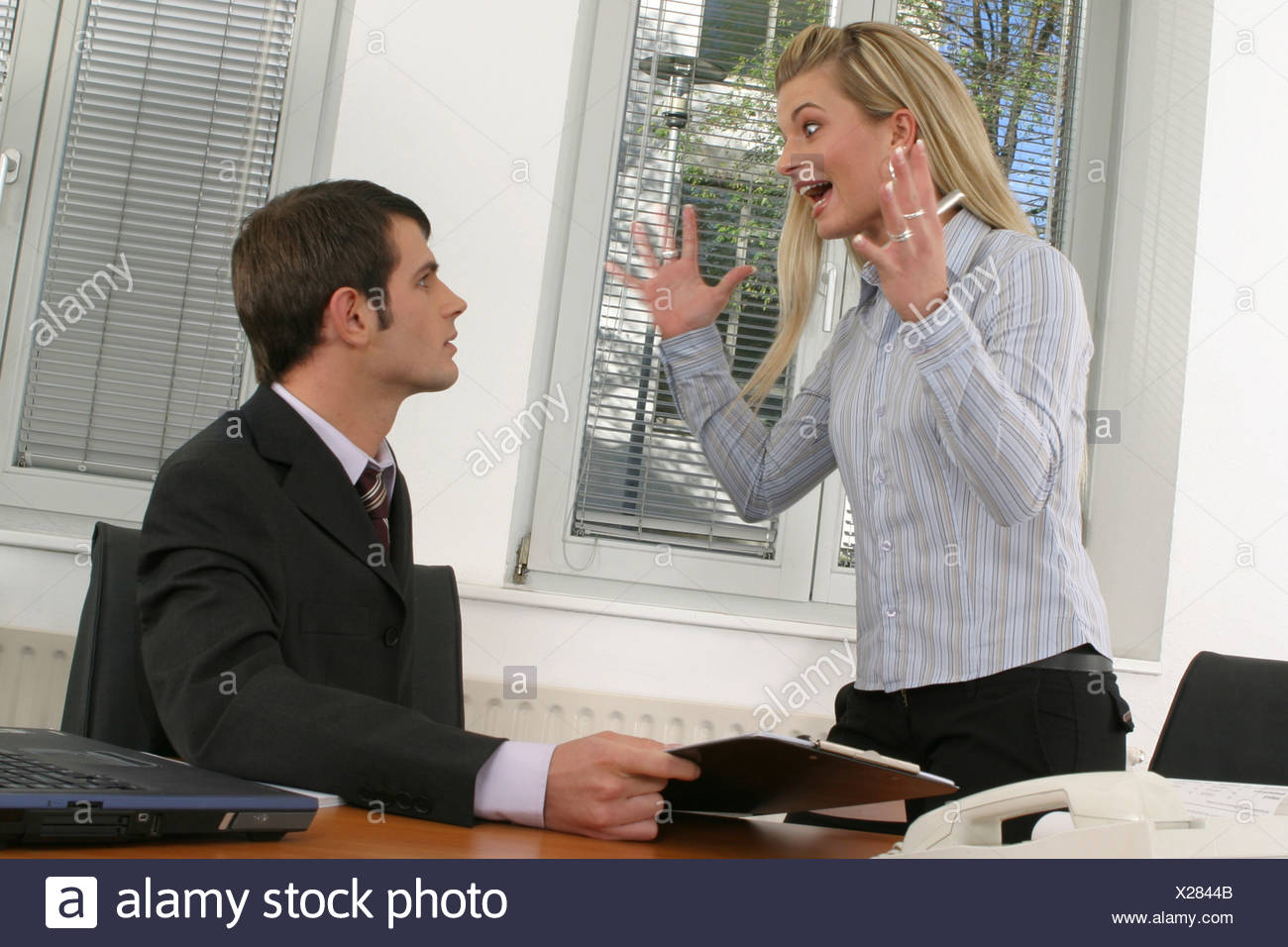 Two employees in office Zwei Angestellte im Buero Stock Photo