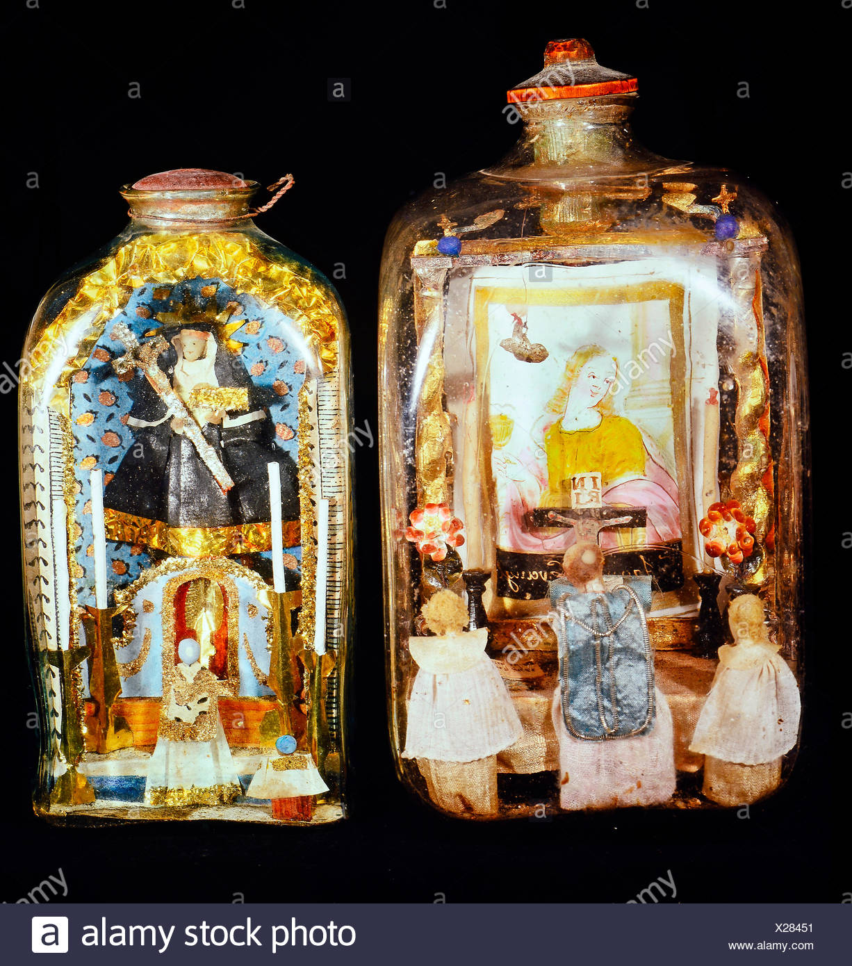 fine arts, folk art, impossible bottles with altars and priests, glass, Upper Bavaria / Upper Austria, 1st half 19th century, private collection, Switzerland, Artist's Copyright has not to be cleared - Stock Image