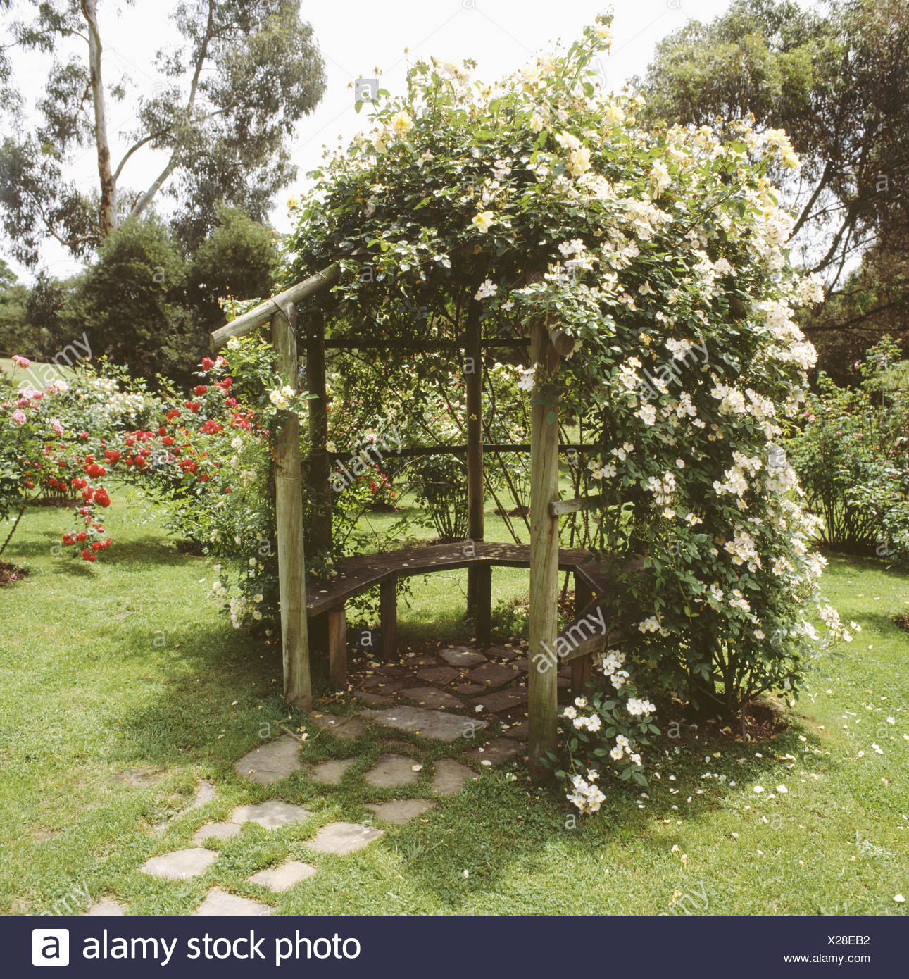 Country Gardens Scented Romantic Stock Photos & Country Gardens ...