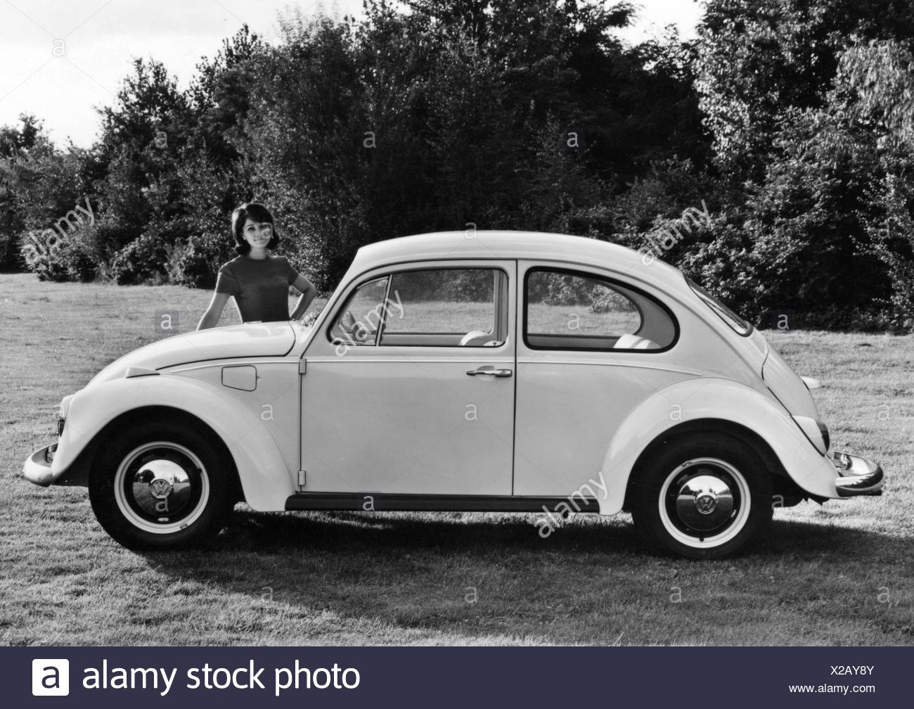 transport / transportation, car, vehicle variants, Volkswagen, VW 1200 beetle, side view, 1968, Additional-Rights-Clearences-NA Stock Photo