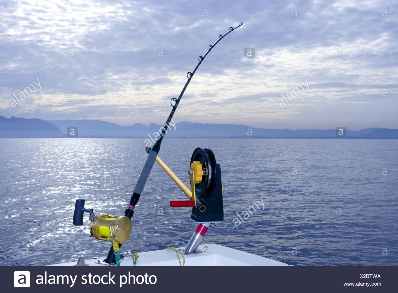 Downrigger boat gear saltwater trolling tackle rod and reel
