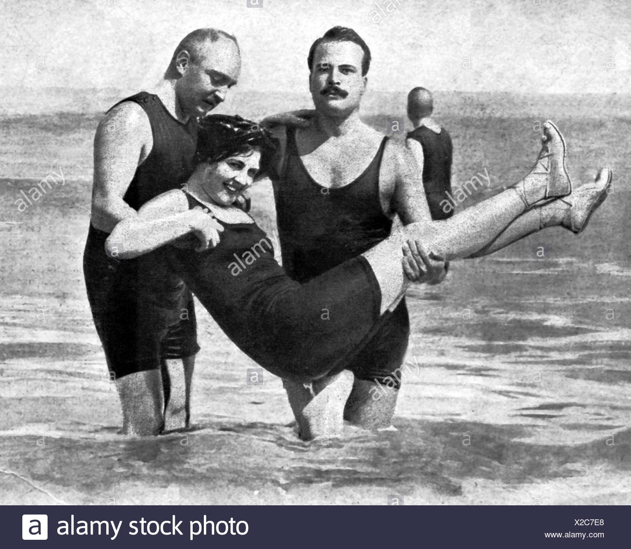 Boris Vladimirovich, 24.11.1877 - 9.11.1943, Grand Duke of Russia, with the dancer Ms. Gregovitch at the beach at Ostend, Belgium, 1912, Additional-Rights-Clearances-NA - Stock Image