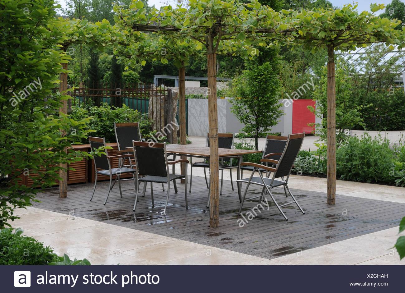 Faszinierend Sitzplatz Garten Beste Wahl Garten-terrace With Seats - Stock Image