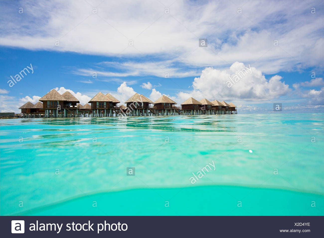 Water bungalows on Olhuveli, Maledives - Stock Image