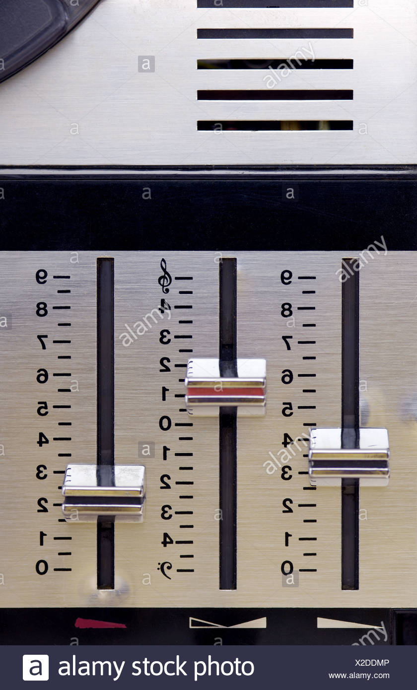 Tape recorder Bedienfeld detail levers appliance electro-appliance tape regulators manually music 'volume sound sound balance - Stock Image